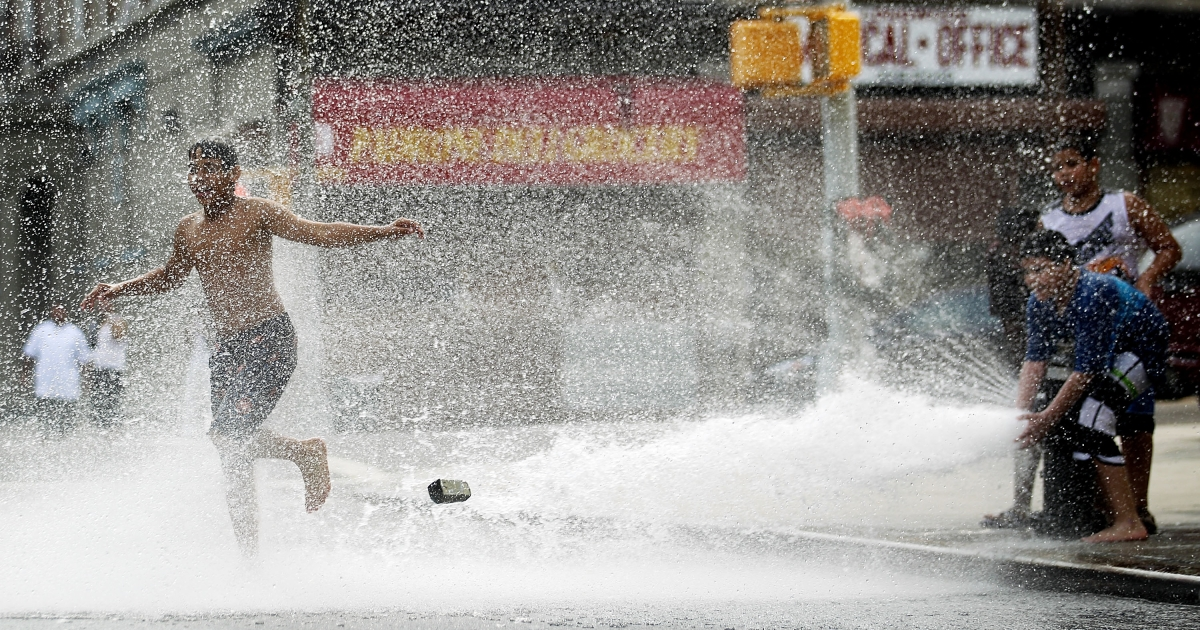 A new report says that heat-related deaths will reach 150,000 by 2020.</p>