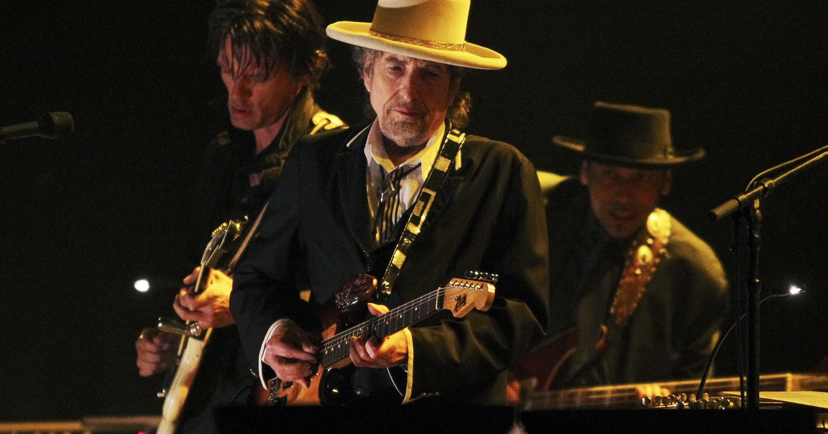 American singer and musician Bob Dylan performs at the Feis Festival in London on June 18, 2011.</p>