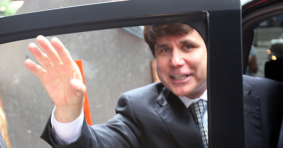 Former Illinois Governor Rod Blagojevich leaves with his wife Patti following a guilty verdict in his corruption retrial at the Dirksen Federal Courthouse June 27, 2011 in Chicago, Illinois.</p>