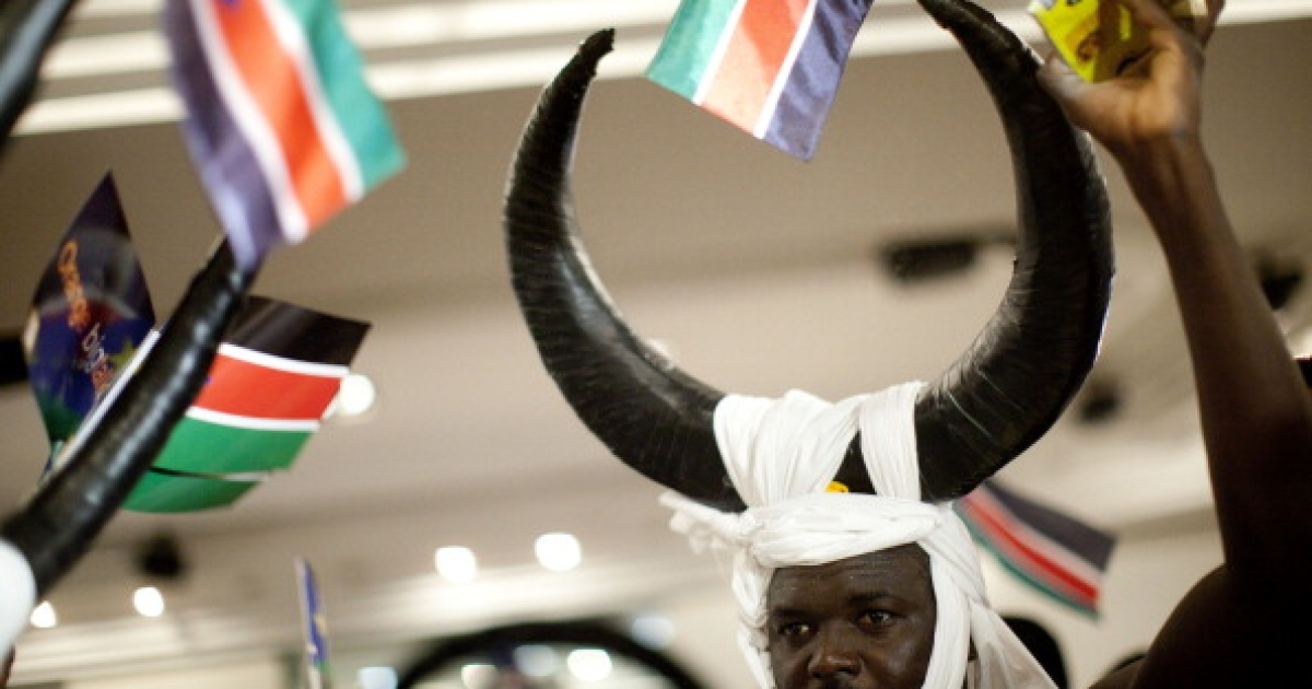 A man wearing a headress dances as Sudanese refugees living in Tel Aviv celebrate independence from the Republic of Sudan on July 10, 2011 in Tel Aviv, Israel. Israel's Prime Minister Benjamin Netanyahu announced that Israel recognizes the Republic of South Sudan as independent state. South Sudan became a state on July 9 after it separated from the north, with its capital in Juba, following a vote for independence. The country was recognized on July 8 by the government of Sudan.</p>