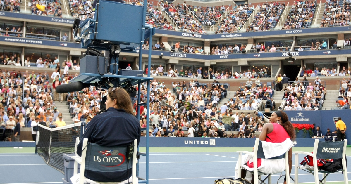 Serena Williams of the United States (R) argues with the chair umpire during a break in play against Samantha Stosur of Australia during the Women's Singles Final on Day Fourteen of the 2011 US Open at the USTA Billie Jean King National Tennis Center on September 11, 2011 in the Flushing neighborhood of the Queens borough of New York City.</p>