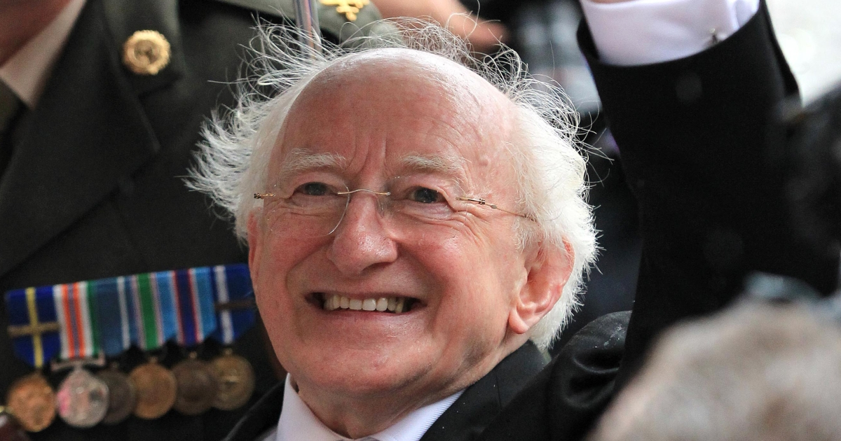 Irish President Michael Higgins waves to well-wishers after his inauguration at Dublin Castle in Dublin on November 11, 2011</p>