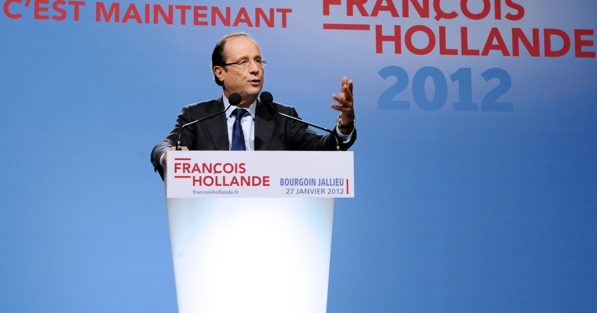 France's opposition Socialist Party (PS) candidate for the 2012 French presidential election Francois Hollande delivers a speech during a meeting on January 27, 2012 in Bourgoin-Jallieu, eastern France.</p>