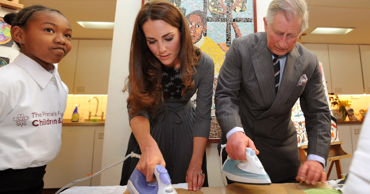The Prince of Wales and the Duchess of Cambridge iron artwork they had just made to silk, during a visit to the Dulwich Picture Gallery in south London.</p>