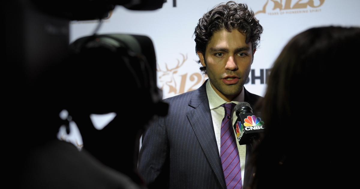 Adrian Grenier attends Glenfiddich 125th Charity Gala on Liberty Island at The Statue of Liberty on March 15, 2012 in New York City.</p>