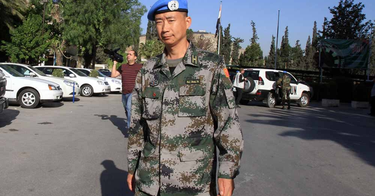 UN observer Zhang Pu from China leaves a hotel in Damascus to patrol flashpoint areas in Syria on April 25, 2012. Two new UN observers arrived in Syria on April 24, to join the 11-member team which has been operating on ground in the unrest-stricken country.</p>