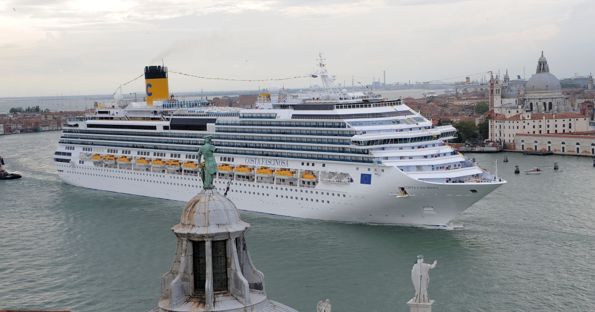 The Costa Fascinosa, the new flagship of the Italian passenger fleet and Costa Cruises built at Fincantieri's Marghera shipyard, leaves Venice on May 6,2012, crossing the sea in front of St. Mark square. A huge public relations exercise marked the entry into service of the 114,500 tonne Costa Fascinosa, sister-ship of the ill-fated Costa Concordia which ran aground and capsized off northwest Italy on January 13 with the loss of 32 lives.</p>
