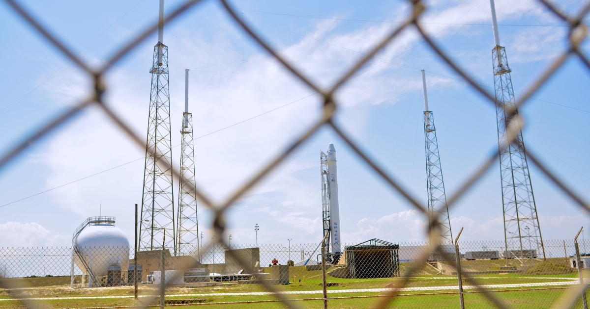 SpaceX rocket Falcon 9 sits on Pad 40 of the Cape Canaveral Air Force Station in Titusville, Florida.</p>
