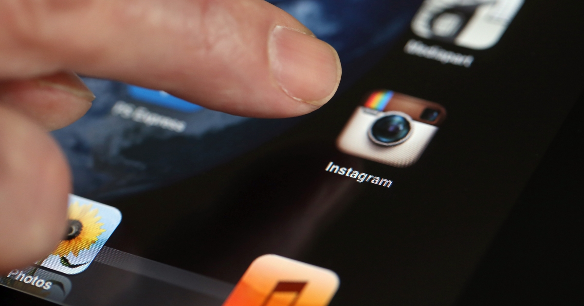 Instagram's new terms and conditions give the app the right to use and/or sell your photos to third-party vendors without informing you, or paying you.</p>