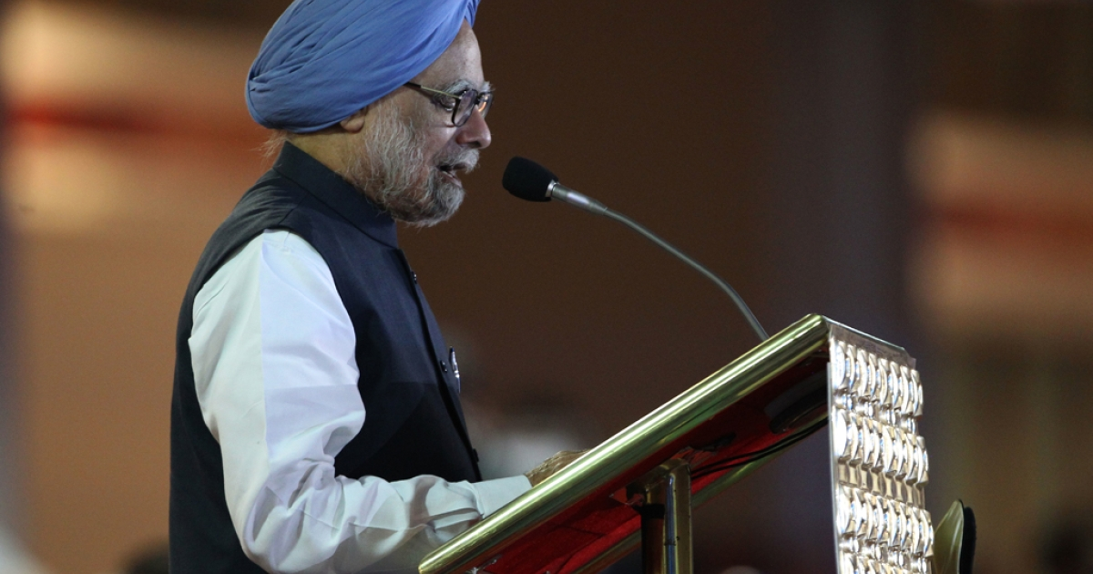 #15 — Indian Prime Minister Manmohan Singh — Facebook: 212,430; Orkut: 8,959.</p>