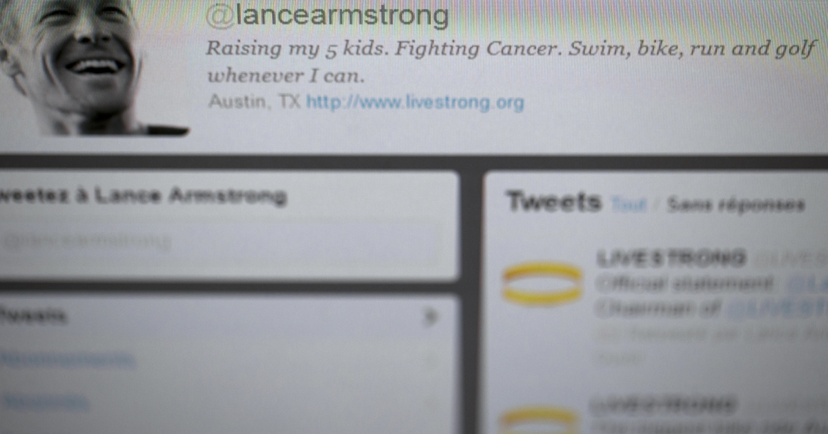 A picture taken on October 23, 2012 during a show in Le Bourget, north of Paris, shows the tweeter website of US cyclist Lance Armstrong. The phrase '7-time Tour de France winner' evaporated from his @lancearmstrong profile, along with a reference to triathlon, in which he is also now banned from elite competition as a drug cheat.</p>