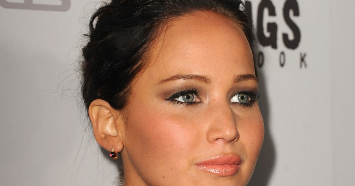 Actress Jennifer Lawrence attends the Screening Of The Weinstein Company's 'Silver Linings Playbook' at The Academy of Motion Pictures Arts and Sciences on November 19, 2012 in Beverly Hills, California.</p>