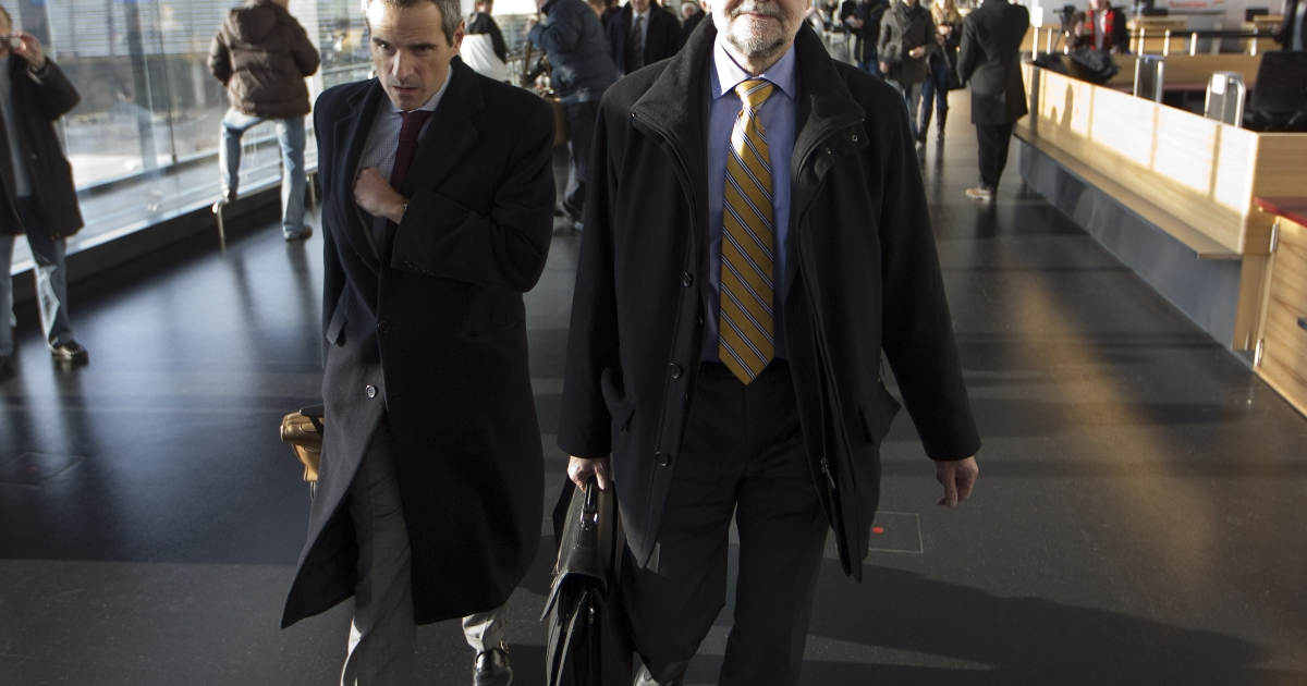 IAEA (International Atomic Energy Agency) Deputy Director General and Head of the Department of Safeguards Herman M.G. Nackaerts (R) and his team leave on another trip to Iran on December 12, 2012 at Schwechat Airport, near Vienna.</p>
