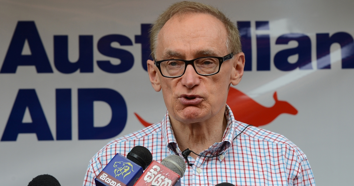 Australian Foreign Minister Bob Carr speaks to reporters in Colombo, Sri Lanka, on December 15, 2012.</p>