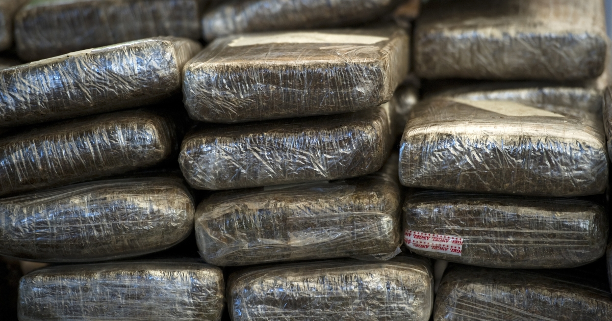 Over 70 people were arrested in a $2 billion drug bust in Arizona.</p>