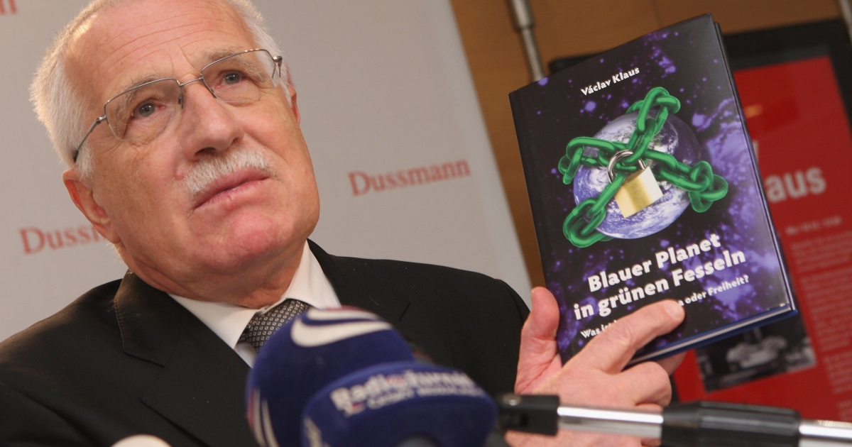 Czech President Vaclav Klaus speaks to the media while presenting his climate change skeptic book 'Blue, Not Green Planet'. A new study at Yale found that climate change deniers are not ignorant about science but rather just use science to fit their cultural values.</p>