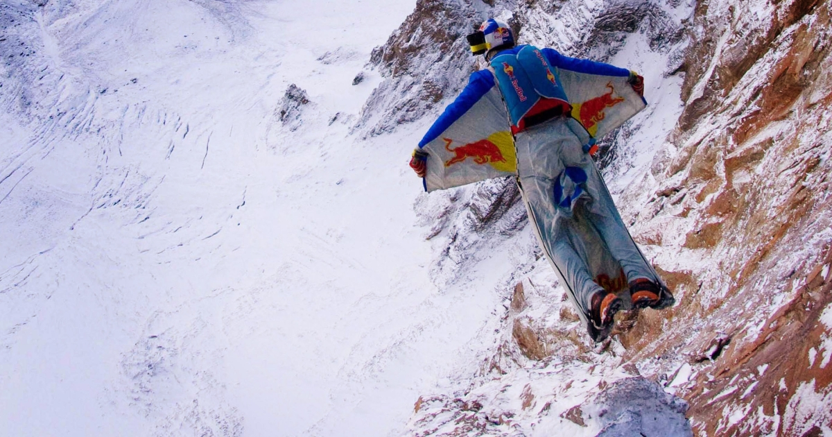 Russian extreme sport star Valery Rozov jumps off Europe's highest mountain, Mount Elbrus, wearing a wing-suit , on September 10, 2008 near Mineralnye Vody, Russia.</p>