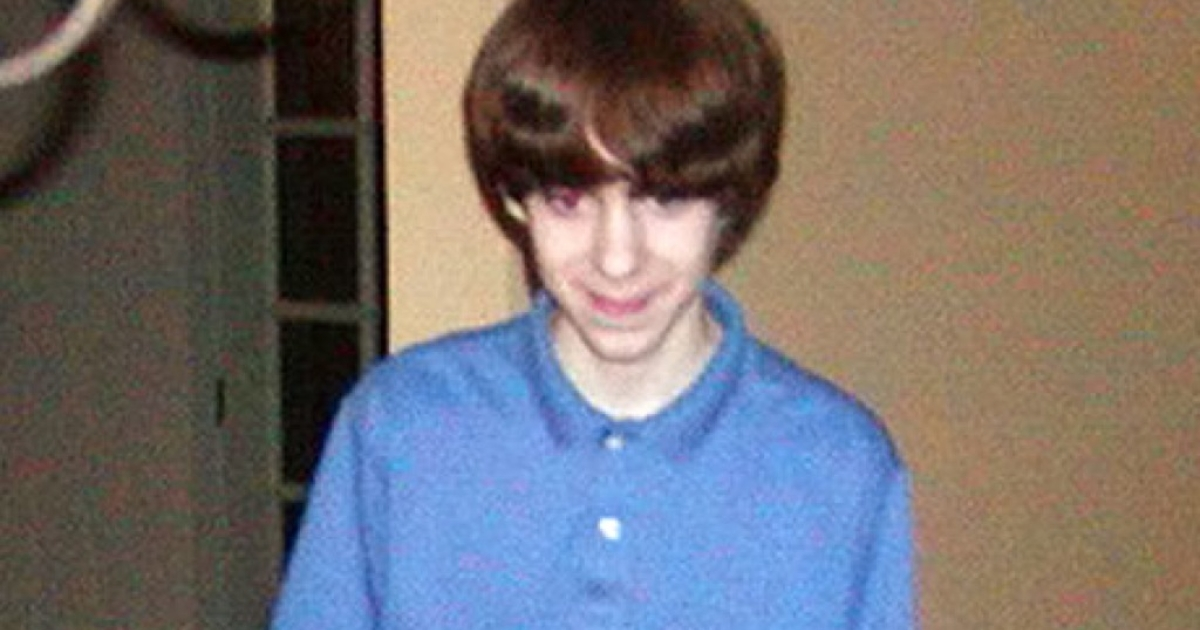 The Connecticut school massacre gunman Adam Lanza spent hours playing violent video games such as Call Of Duty in a windowless bunker in the family home, family friends claim.</p>
