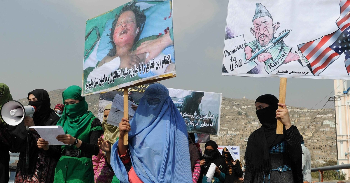 Protestors in Afghanistan</p>