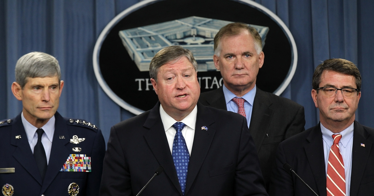 Secretary of the Air Force Michael Donley (2nd-L) speaks as (L-R) Force Chief of Staff Gen. Norton Schwartz, Deputy Secretary of Defense William Lynn, and Under Secretary of Defense for Acquisition Technology and Logistics Ashton Carter listen during a news conference to announce the KC-X tanker contract award Feb. 24, 2011 at the Pentagon in Arlington, Virginia.</p>