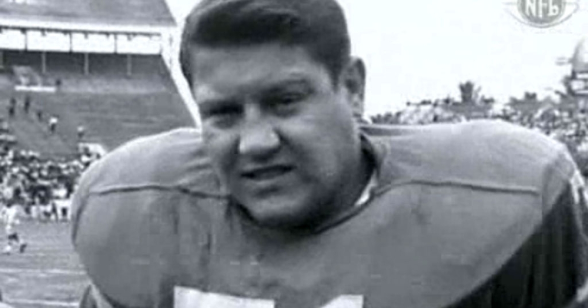 Alex Karras, an all-pro football player known as much for his acting career, died on October 10, 2012 at age 77.</p>