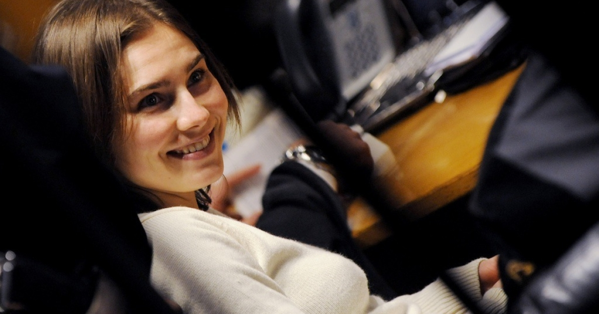 Amanda Knox smiles during her appeal trial in Perugia on Jan. 22, 2011.</p>