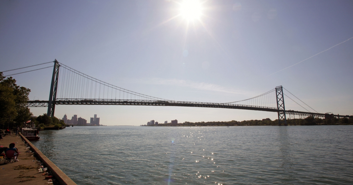 The Ambassador Bridge links Detroit to Windsor, Ont. Michigan Gov. Rick Snyder and Canadian Prime Minister Stephen Harper announced an agreement to build a new bridge between the two cities.</p>