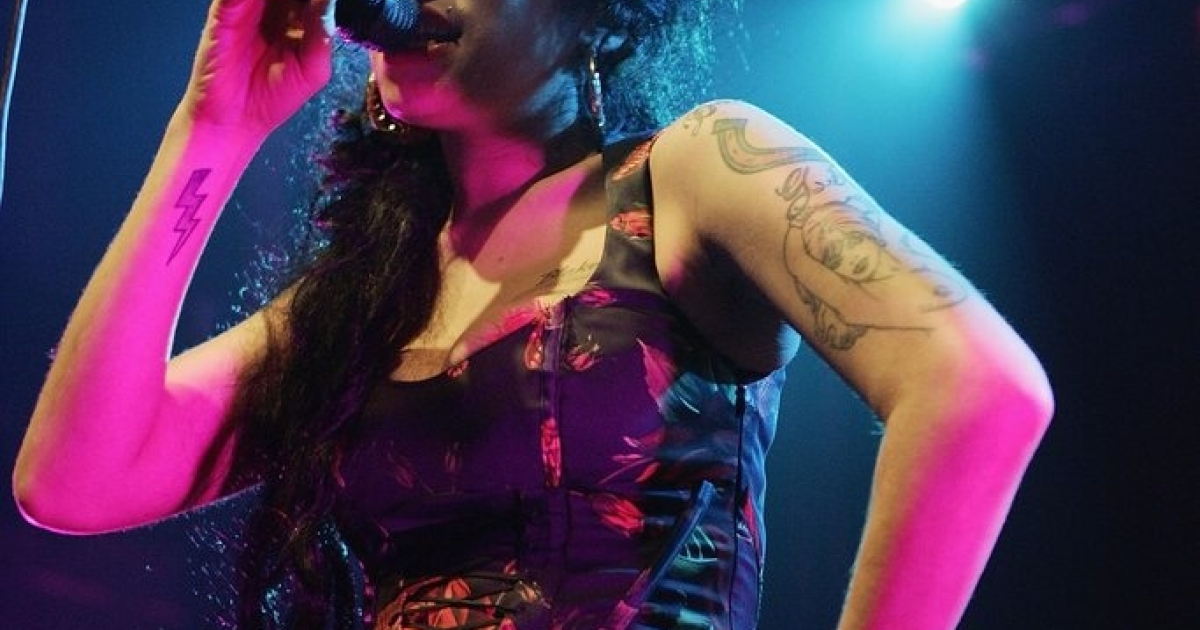 Singer Amy Winehouse performs live on stage at Koko in Camden Town on November 14, 2006 in London. England.</p>