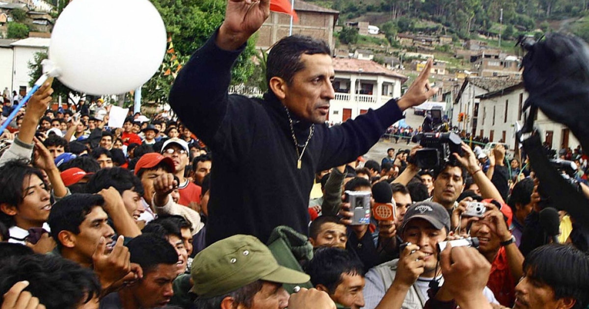 Former Army Major and Peruvian nationalist Antauro Humala, is cheered by supporters across Andahuaylas' Plaza de Armas, 03 January 2005.  He is the brother of Peruvian President Ollanta Humala and seems destined to ruin him.</p>