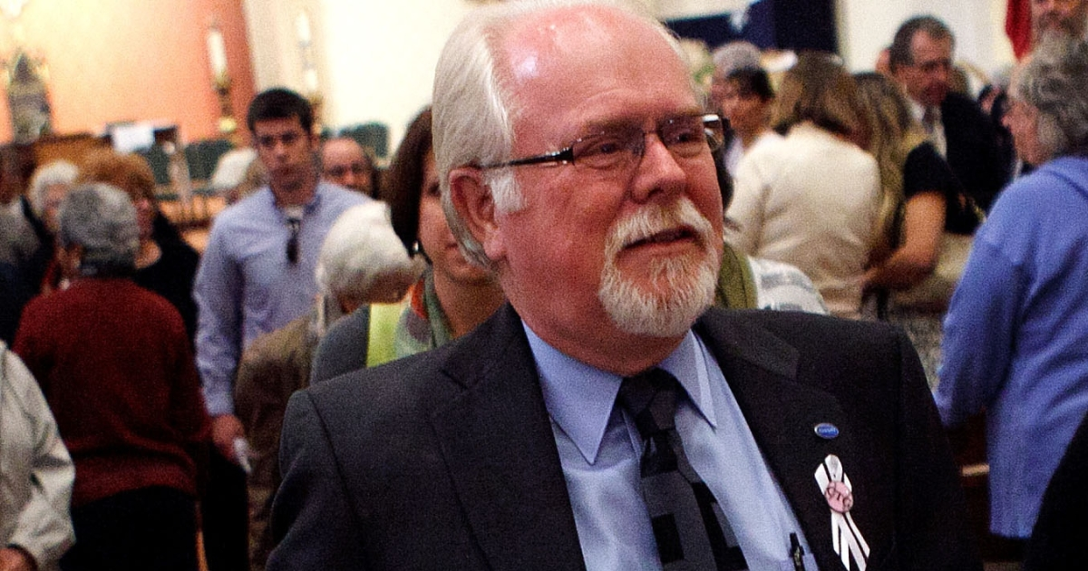 Ron Barber, who was wounded along with US Rep. Gabrielle Giffords in last years deadly shooting, won Arizona's vote to succeed Giffords.</p>