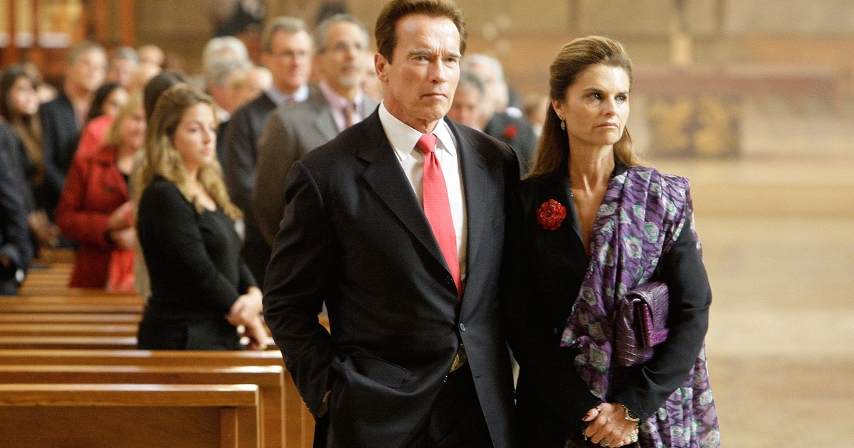 Arnold Schwarzenegger and Maria Shriver at the memorial service for Italian film mogul and Hollywood producer Dino De Laurentiis on November 15, 2010 in Los Angeles, California. De Laurentiis produced