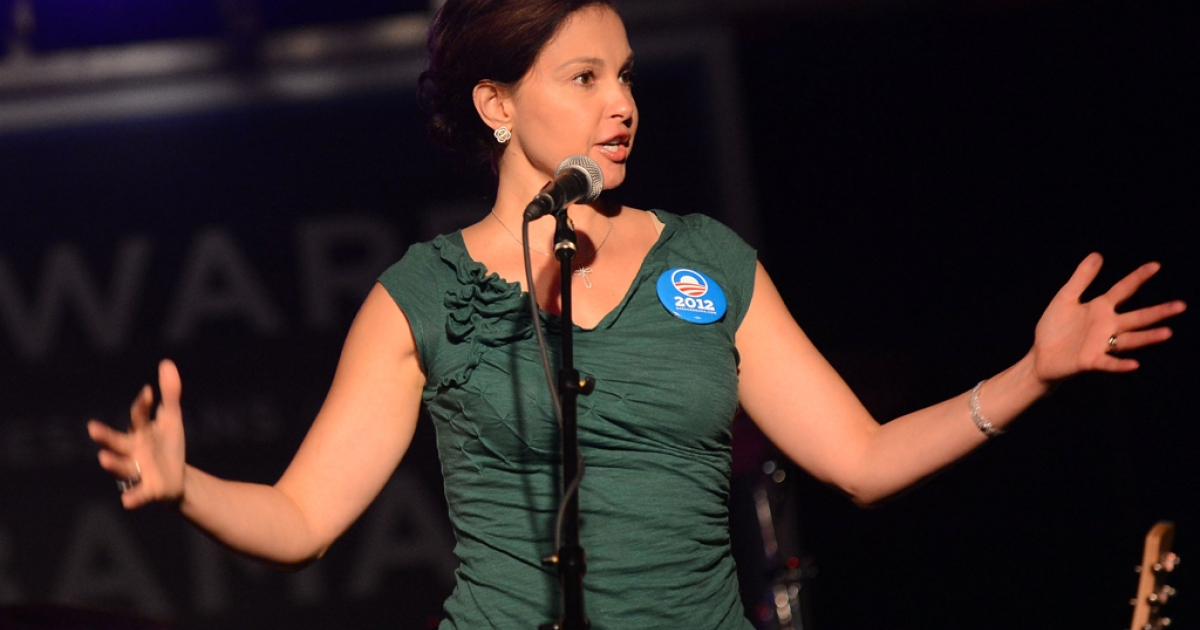 Actress Ashley Judd addresses the crowd during the Tennesseans For Obama Benefit at The Cannery Ballroom on October 4, 2012 in Nashville, Tennessee. Her name has been thrown out as a possible contender for Senate Minority Leader Mitch McConnell's seat in 2014.</p>