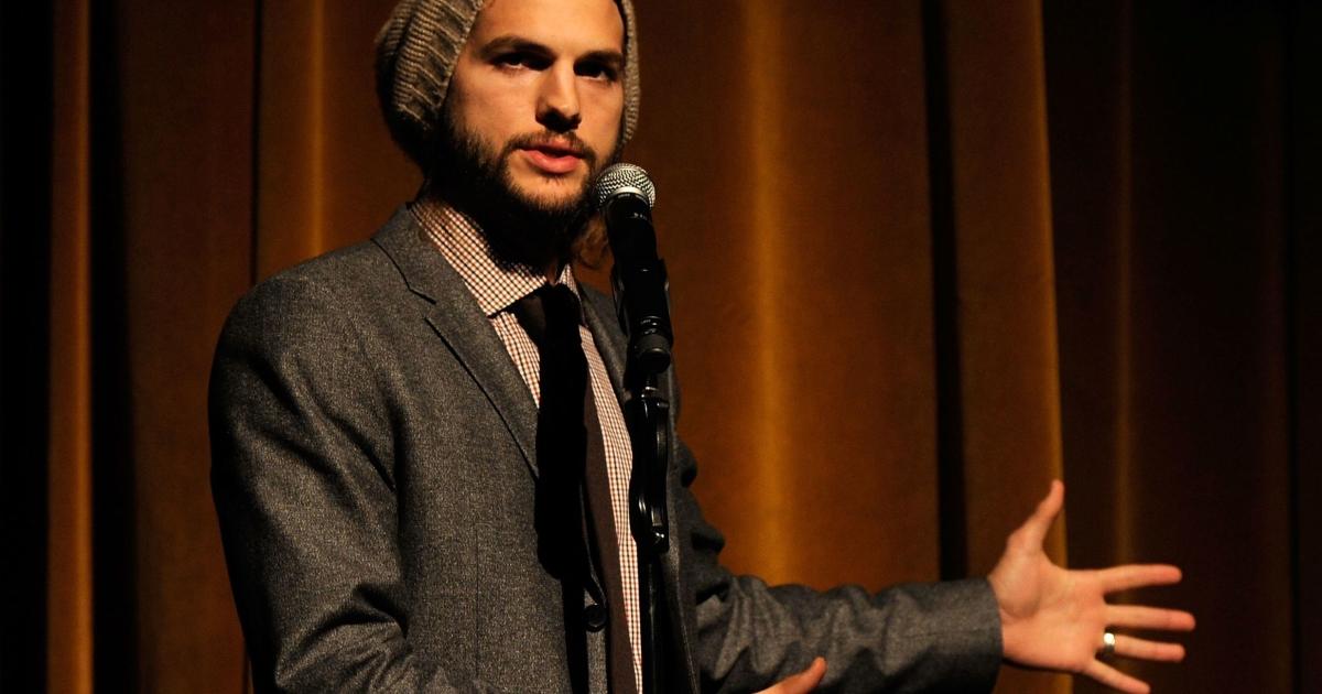 Actor Ashton Kutcher speaks onstage at the GQ's Gentlemen's Ball on October 26, 2011 in New York City.</p>