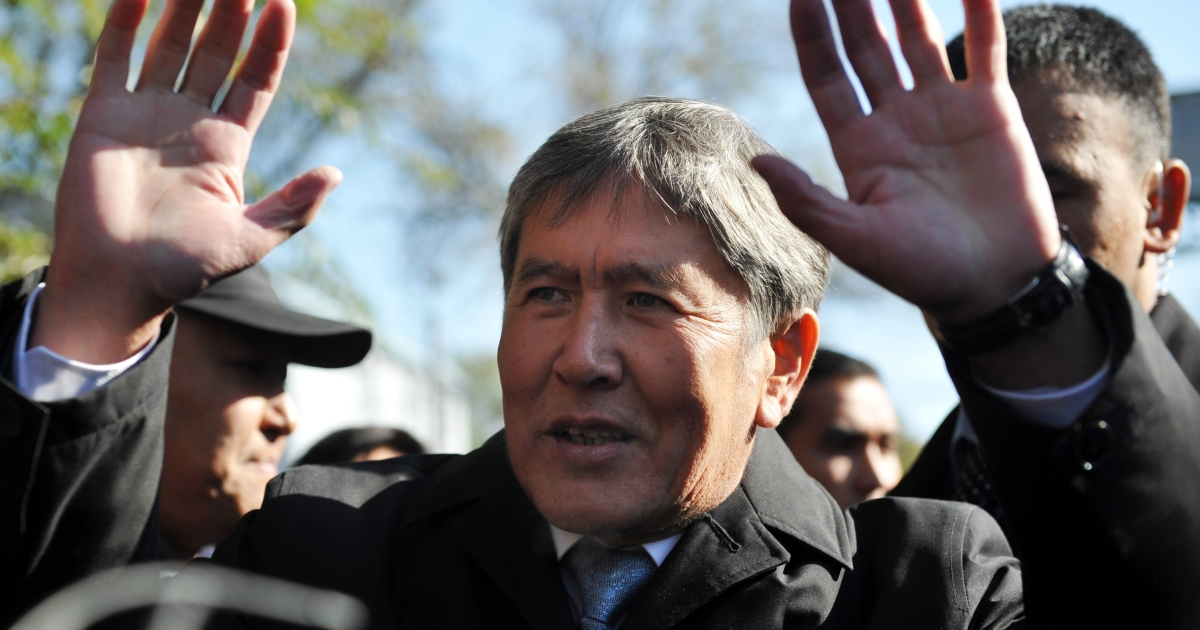 Almazbek Atambeyev speaks with journalists outside a polling station in Krgyzstan's capital Bishkek on Oct. 30, 2011.</p>