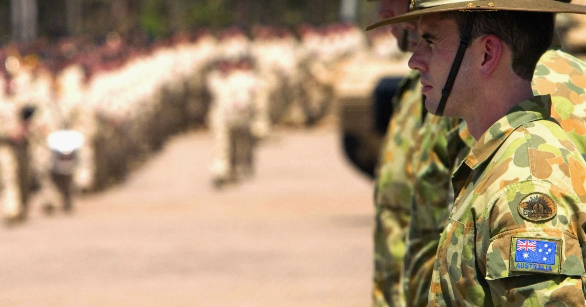 Australian Defense Force soldiers line Robertson Barracks grounds during a parade to farewell 450 Australian troops before their deployment to Iraq May 10, 2007 in Darwin, Australia.</p>