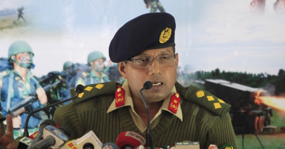 Bangladesh Army spokesman Muhammad Masud Razzaq briefs the press about a failed attempt to topple the government, Dhaka, Jan. 19, 2012.</p>
