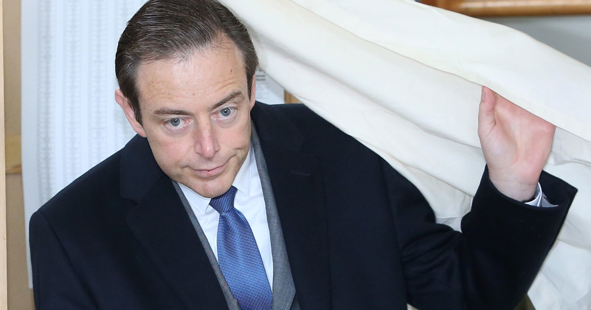 Nationalist Bart De Wever votes on Sunday. The wave of separatist victories is being felt across Europe.</p>