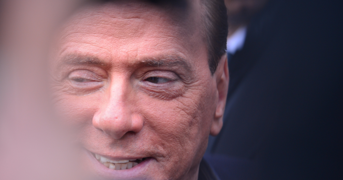 Berlusconi's possible return threatens to deepen the euro crisis.</p>