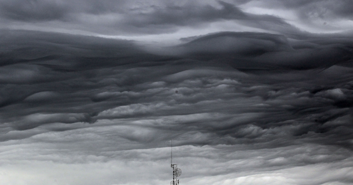 JOPLA storm cloud passes over a communications tower following a thunderstorm five days after a massive tornado passed through the town, killing at least 132 people on May 27, 2011 in Joplin, Missouri. The town is still recovering from the storm, which damaged or destroyed an estimated 8,000 structures.</p>