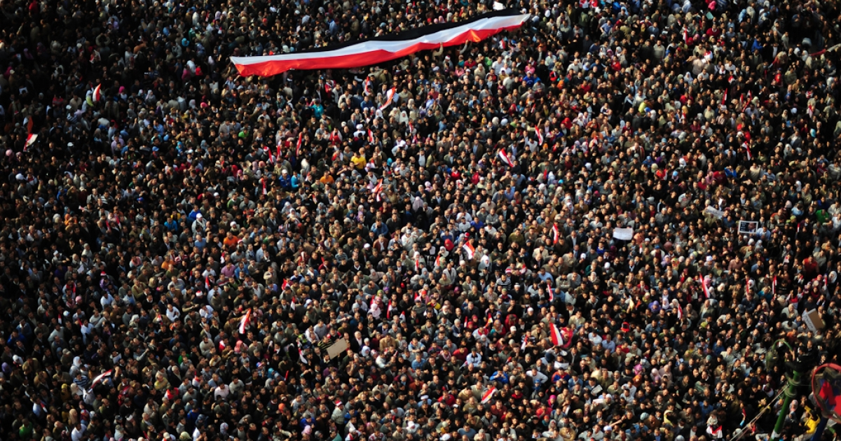 Hundreds of thousands of Egyptian anti-government demonstrators crowd Cairo's Tahrir Square on February 8, 2011 on the 15th consecutive day of protests demanding the ouster of embattled President Hosni Mubarak.</p>