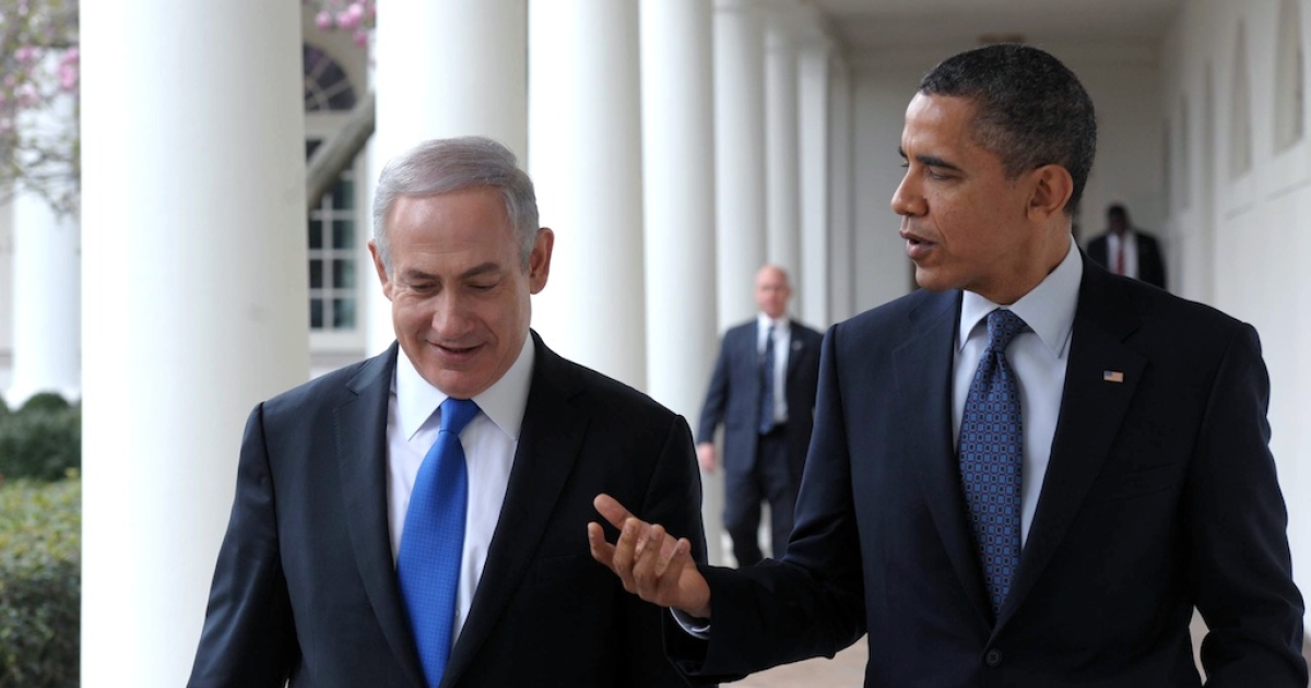 U.S. President Barack Obama (R) talks with Prime Minister Benjamin Netanyahu as they walk along the Colonnade of the White House on March 5, 2012 in Washington, DC. The two leaders discussed peace in the Middle East and Israel's growing concerns with Iran producing nuclear weapons.</p>
