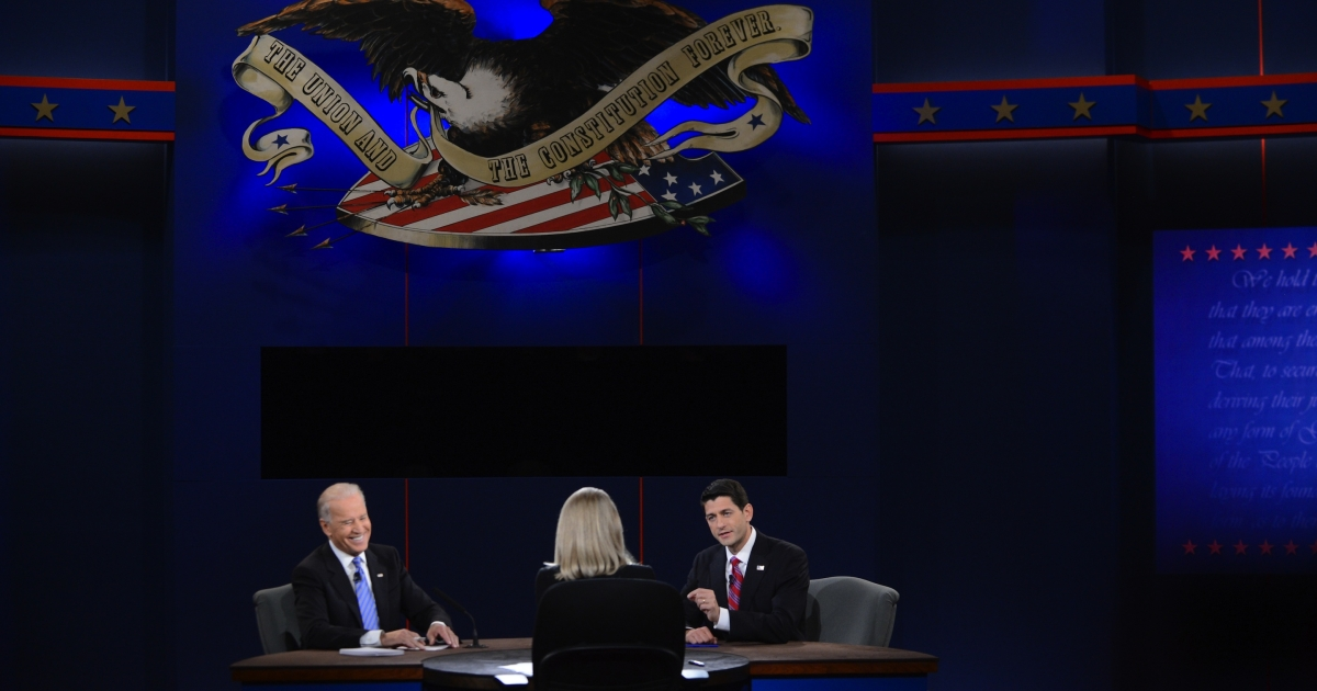 US Vice President Joe Biden (L) and Republican vice presidential candidate Paul Ryan (R) participate in the vice presidential debate at the Norton Center at Center College in Danville, Kentucky, Oct. 11, 2012, moderated by Martha Raddatz of ABC News.</p>