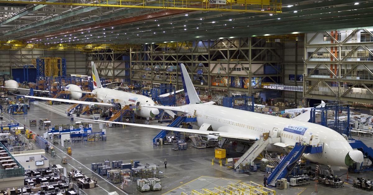 Boeing employees assemble Boeing 787 Dreamliners in Everett, Washington on Sept. 25, 2011.</p>