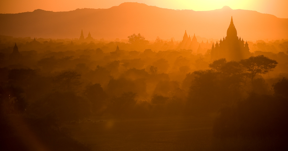 This photo taken December 28, 2010 at sunset shows some of the thousands pagodas and temples of Bagan in central Burma.</p>