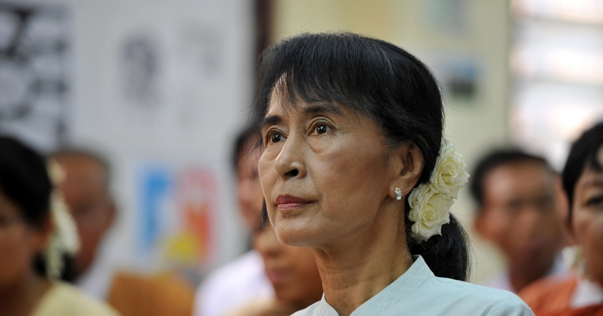 Myanmar opposition leader Aung San Suu Kyi attends a meeting of elected National League for Democracy (NLD) officials.  They've decided to boycott parliament until the consitutional oath is amended.</p>