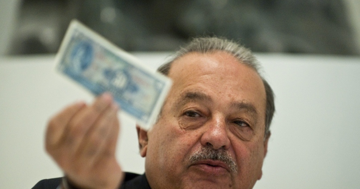 Carlos Slim speaks during a press conference in Mexico City, on March 28, 2011.</p>