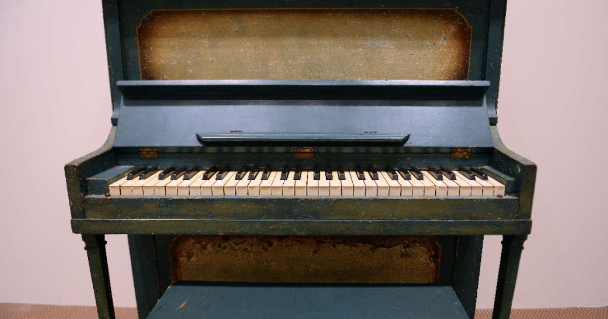 The piano used as the prop for the key flashback scene between Humphrey Bogart and Ingrid Bergman in 'Casablanca' is on display during an auction sale at Sotheby's in New York, December 14, 2012.</p>