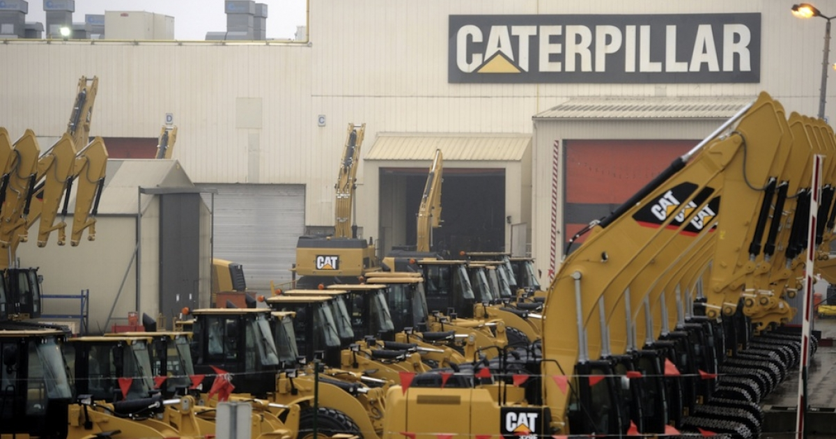 Workers at construction giant Caterpillar accepted a deal that included wage freezes, in the latest battle between American unions and corporations.</p>
