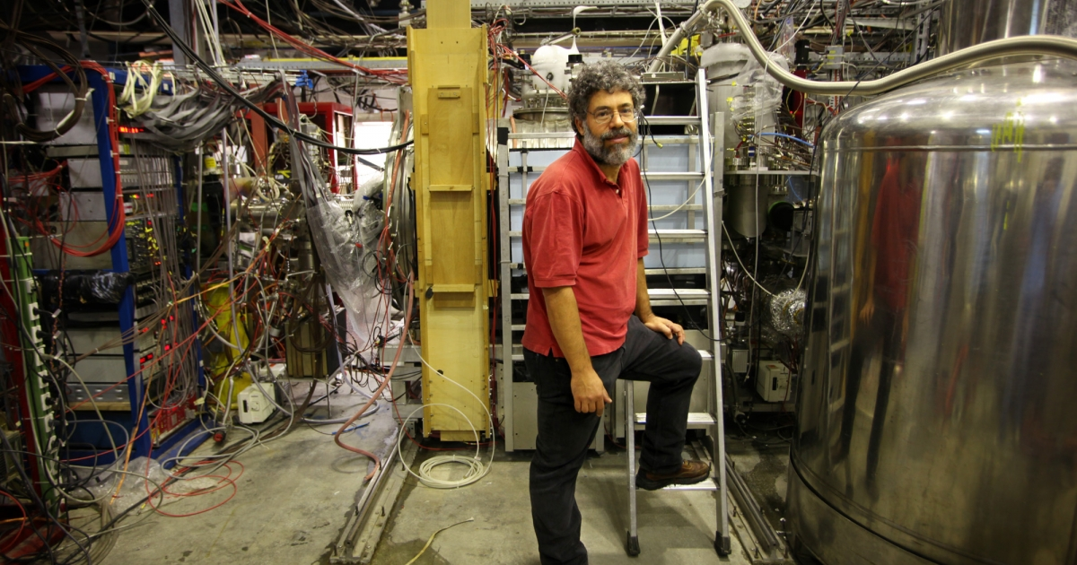 Geneva, Switzerland: Photograph shows Joel Fajans, Professor of Phyiscs at U.C. Berkeley, and physist with the ALPHA Project, standing in front of the proton decelerator at CERN.</p>