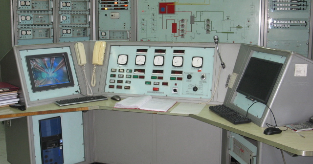 This experimental nuclear reactor opened in 1974. The main control panel uses British technology from 1970.</p>